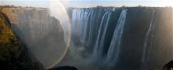 250A_LZmS_322529 Rainbow & Danger Point, Victoria Falls