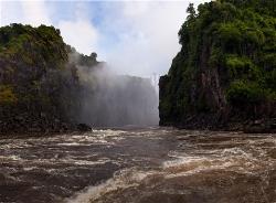 255A_LZmS_712122 Victoria Falls from below