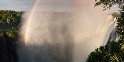 232A_LZmS_644650 Victoria Falls, Rainbow & Tourists