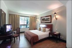822_Hotel Room-framed prints